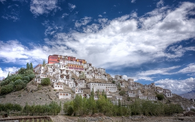 Gompa on a hill in Thiksey wallpaper
