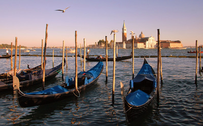 Gondolas in Venice wallpaper