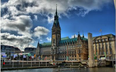 Hamburg City Hall wallpaper