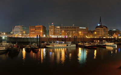 Hamburg harbour at night wallpaper