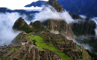 Historic Sanctuary of Machu Picchu [2] wallpaper