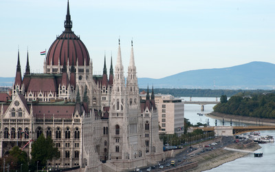 Hungarian Parliament Building [7] wallpaper