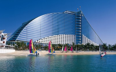 Jumeirah Beach Hotel wallpaper