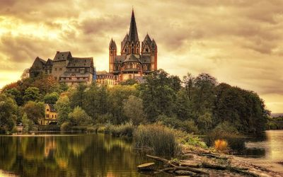 Limburg Cathedral, Germany wallpaper