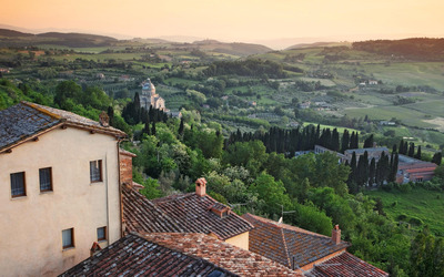 Montepulciano in Siena, Tuscany wallpaper