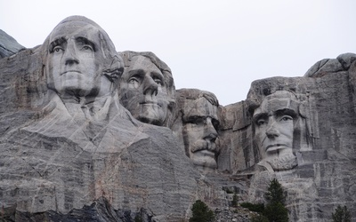 Mount Rushmore National Memorial wallpaper