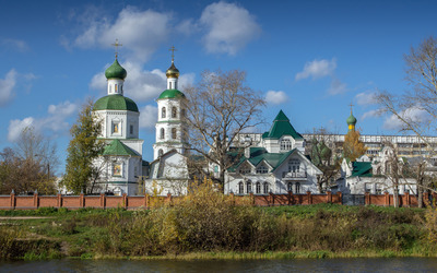 Orthodox church on the river side wallpaper