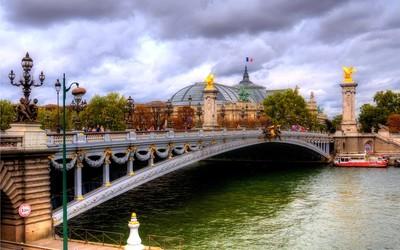 Pont Alexandre III wallpaper