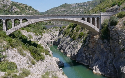 Pont du Diable across Herault River in France wallpaper