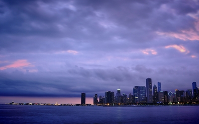 Purple clouded sunset over Chicago wallpaper