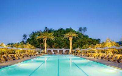 Resort in Palo Alto Wallpaper