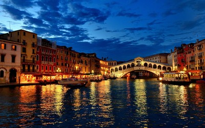 Rialto Bridge wallpaper