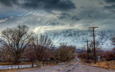 Road towards the snowy mountains [2] wallpaper