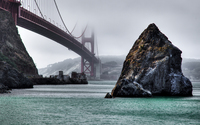 Rocks under the foggy Golden Gate Bridge wallpaper 3840x2160 jpg