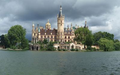 Schwerin castle [2] wallpaper