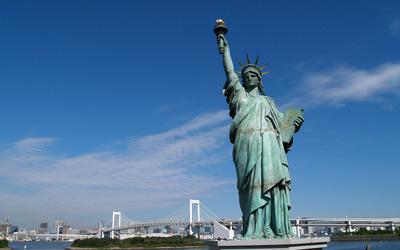 Statue of Liberty on Liberty Island Wallpaper