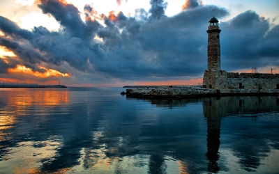 Stone lighthouse wallpaper