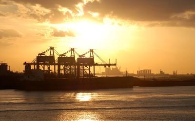 Sunset over the harbor wallpaper