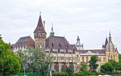 Vajdahunyad Castle wallpaper