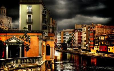 Venetian street Wallpaper