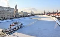 Winter in Moscow wallpaper 2560x1440 jpg